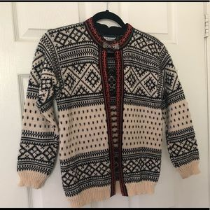 Dale of Norway Wool Sweater Cardigan Warm Unique
